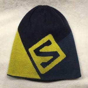 Solomon reversible hat